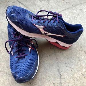 Mizuno Wave Rider 20 Sneaker Running Tennis Shoe